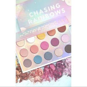 NWT : Chasing Rainbows Eyeshadow Palette